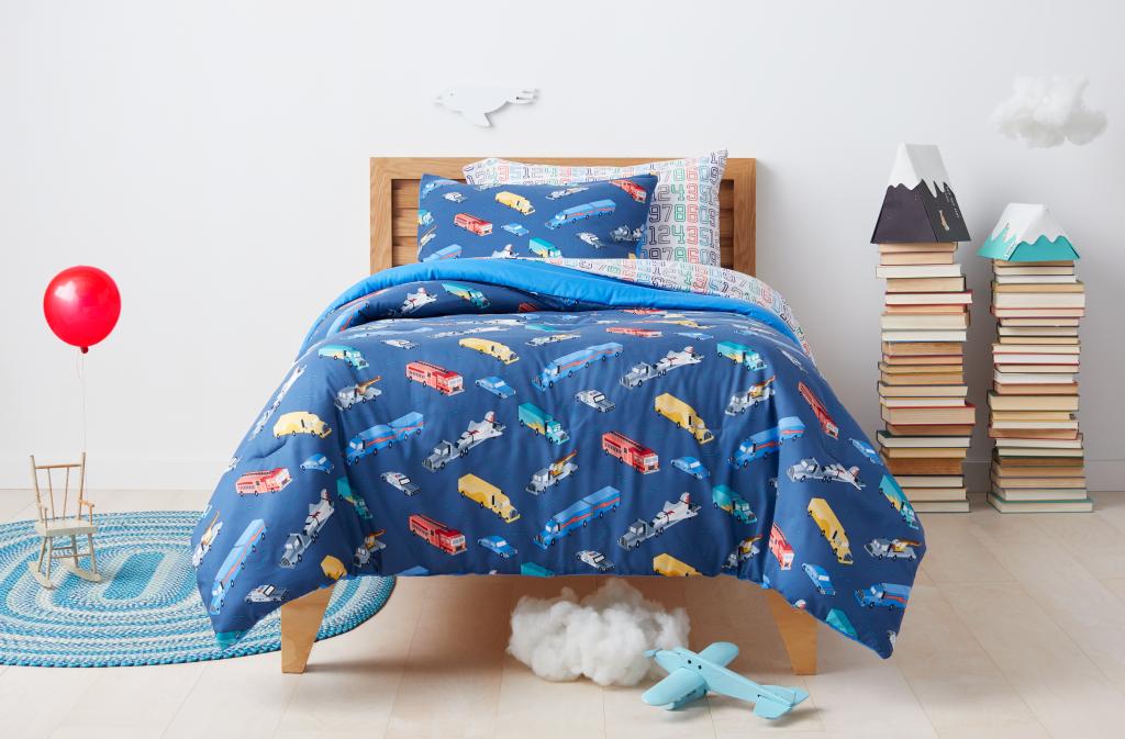 Target Pillowfort Feb 18-005